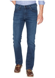 34 Heritage Courage Straight Leg in Mid Milan Denim