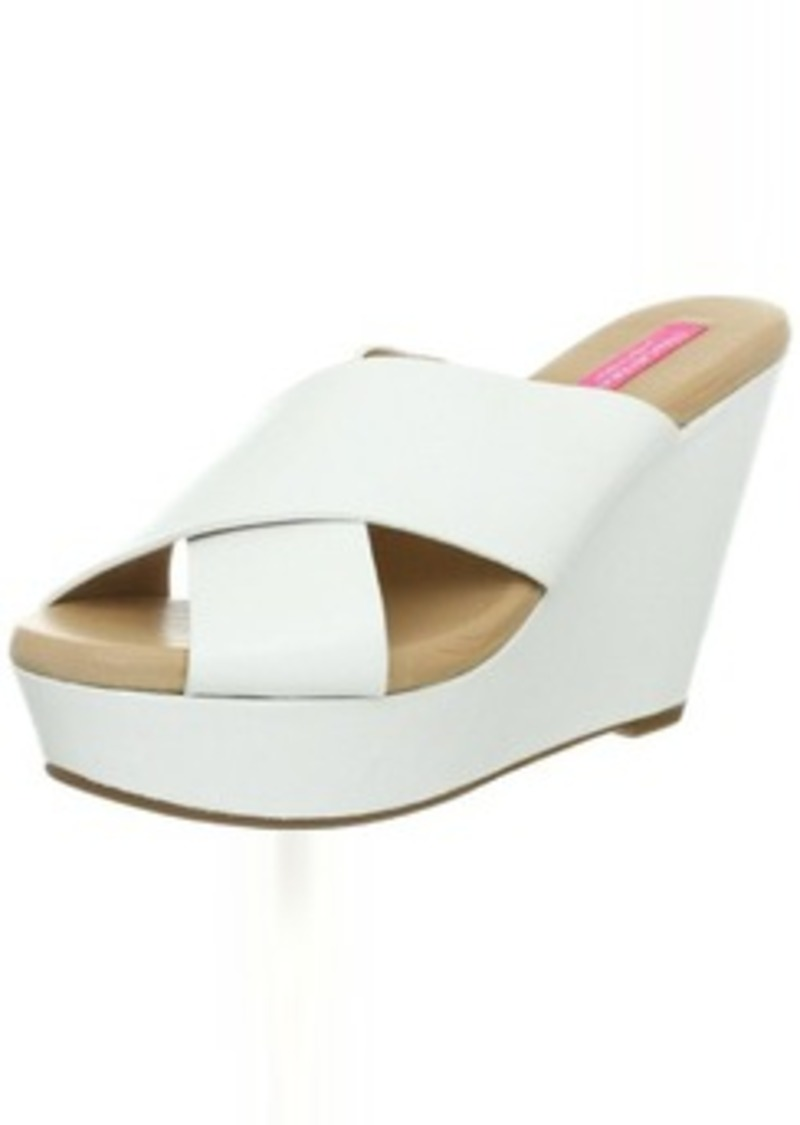 Isaac Mizrahi New York Women's Cora Wedge Sandal