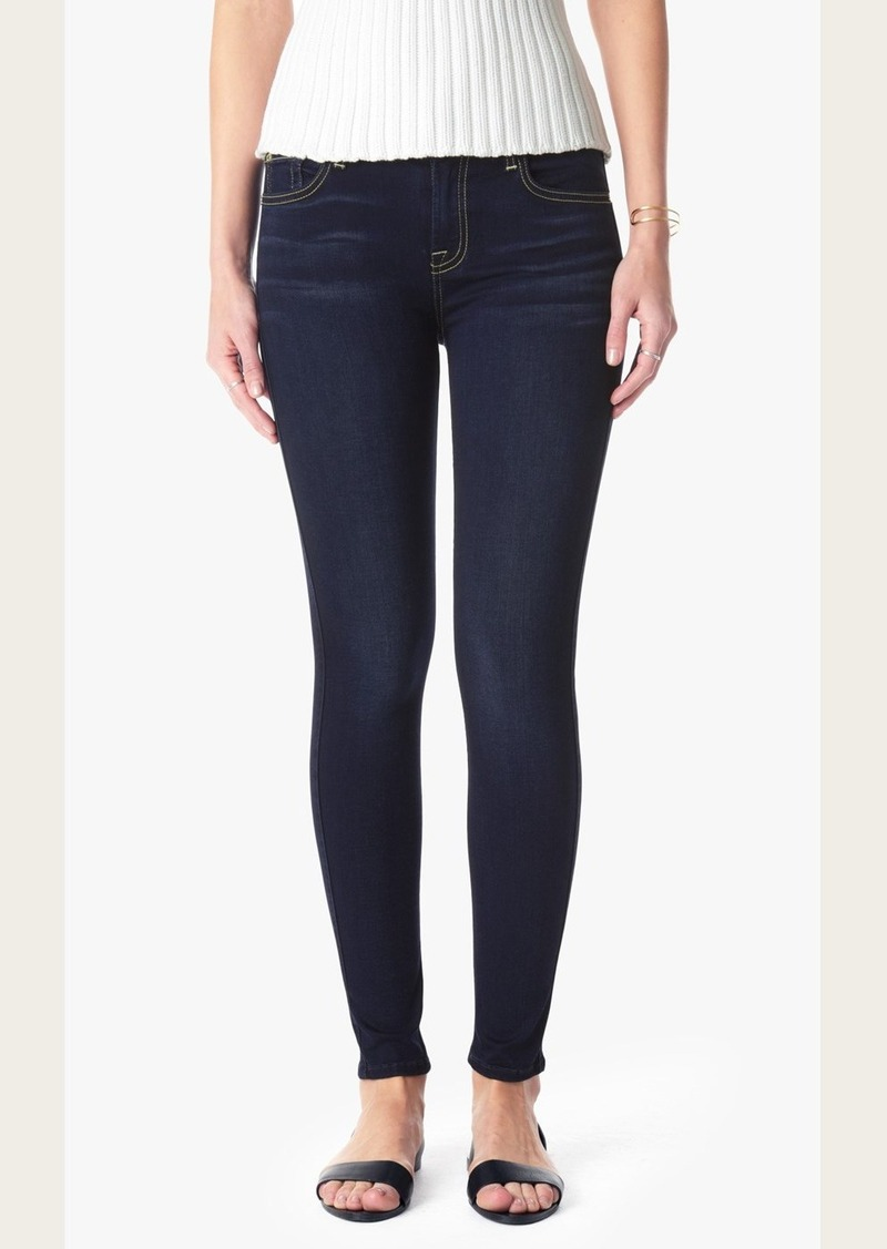 7 For All Mankind Slim Illusion Luxe Mid Rise Skinny in Night Blue