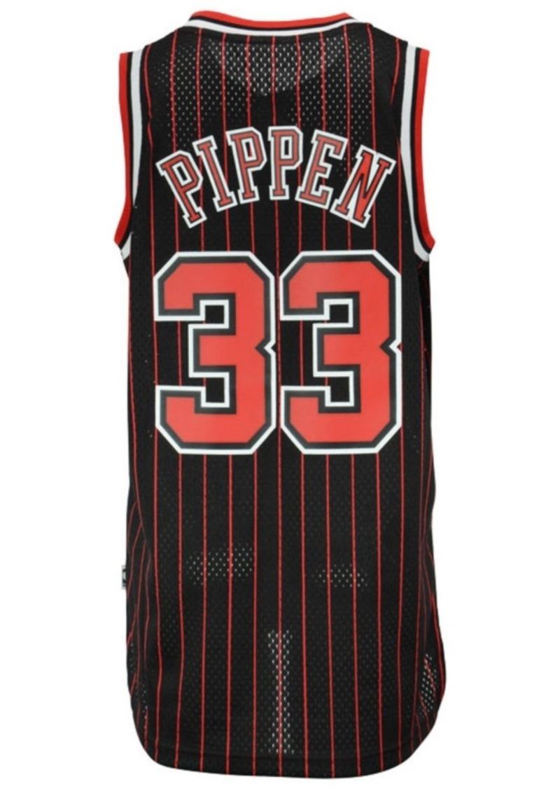 adidas Men's Scottie Pippen Chicago Bulls Swingman Jersey