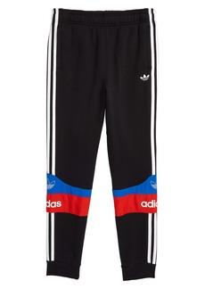 adidas Originals Outline Sweatpants (Big Boys)