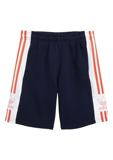 adidas Originals Outline Trefoil Fleece Shorts (Big Boys)