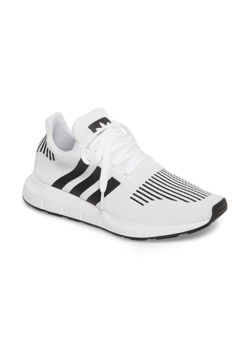 watch 09e27 559c2 adidas Swift Run Sneaker (Women)
