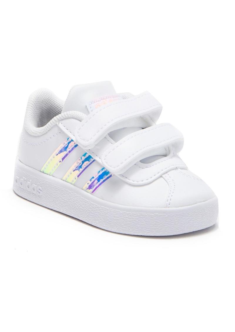 predominante chic clásico calzado VL Court 2.0 Sneaker (Baby & Toddler)