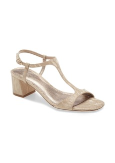 Adrianna Papell Edie Sandal (Women)