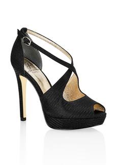 Adrianna Papell Rosalie Cross Strap Platform Sandal (Women)