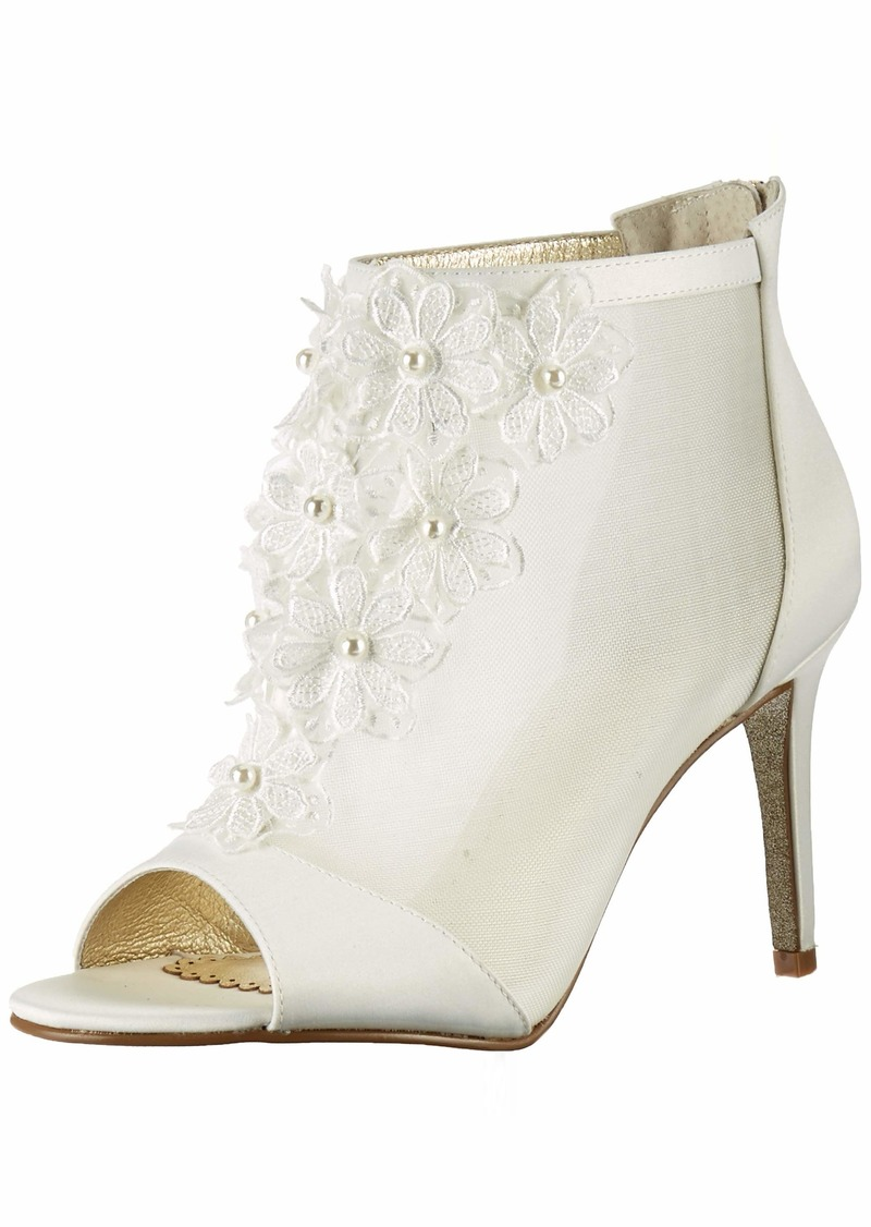 Adrianna Papell Women's AIDA Ankle Boot   M US