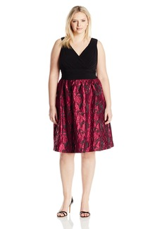 Adrianna Papell Women's Plus Size Portrait Bodice Fit and Flare