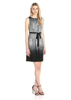 Adrianna Papell Women's Printed Pleated Fit and Flare Dress Black/Ivory