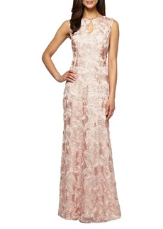 Alex Evenings Mesh Gown (Regular & Petite)