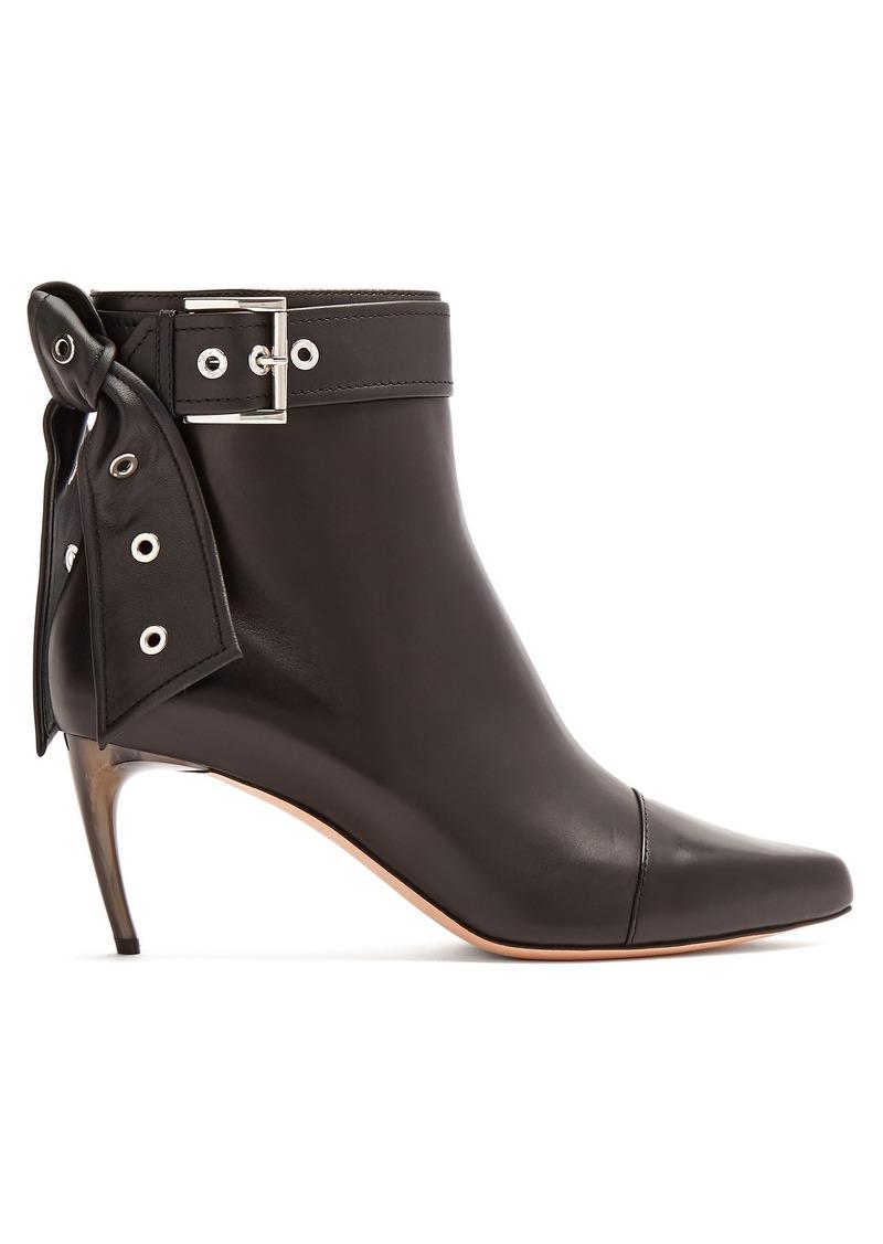 83386bea609d Alexander McQueen Alexander McQueen Horn effect-heel leather ankle ...