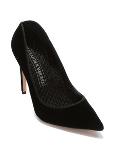 Alexander McQueen Pointy Toe Pump (Women)