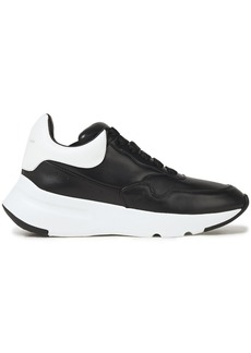 Alexander Mcqueen Woman Runner Two-tone Leather Sneakers Black