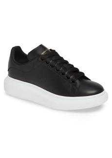 Men's Alexander Mcqueen Oversize Low Top Sneaker