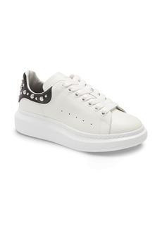 Men's Alexander Mcqueen Studded Low Top Sneaker