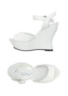 ALICE + OLIVIA - Sandals