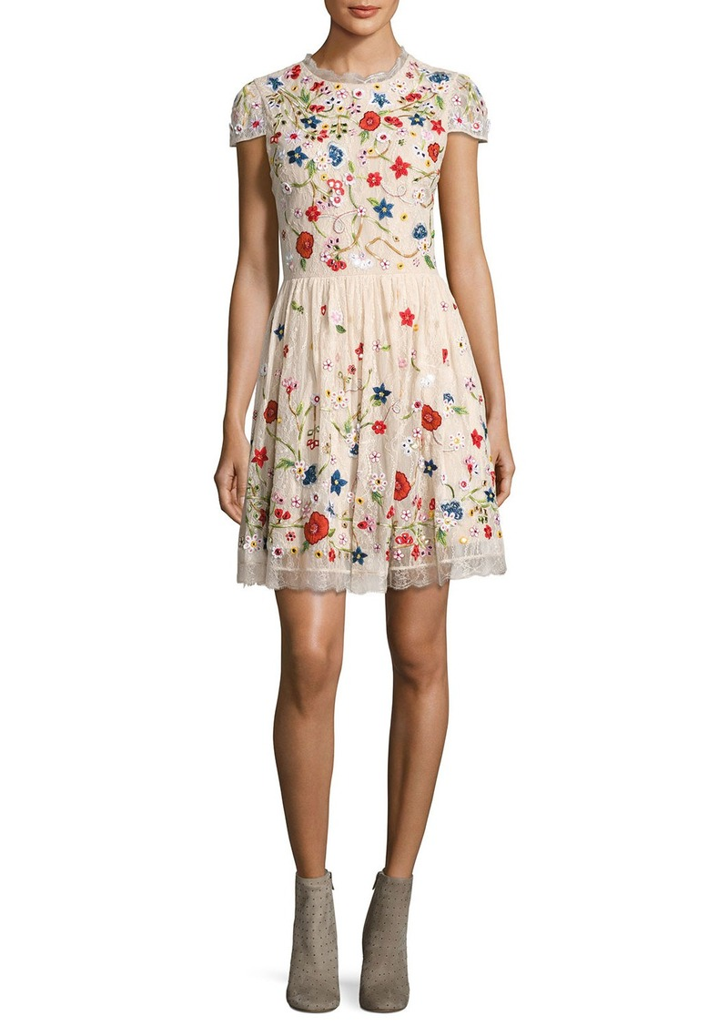 Alice + Olivia Ariel Cap-Sleeve Embroidered Lace Cocktail Dress