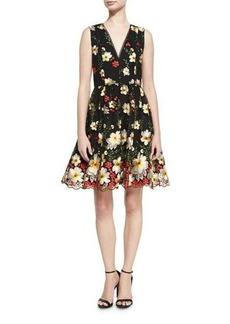 Alice + Olivia Becca V-Neck Midi Pouf Dress
