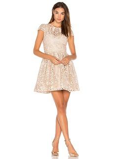 Alice + Olivia Gracia Dress in Beige. - size 0 (also in 4,6)