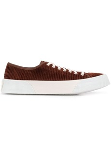 AMI low top Vulcanized trainers