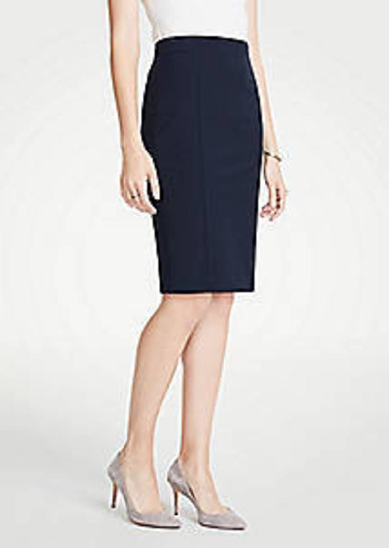 Ann Taylor Curvy Seamed Pencil Skirt in Seasonless Stretch
