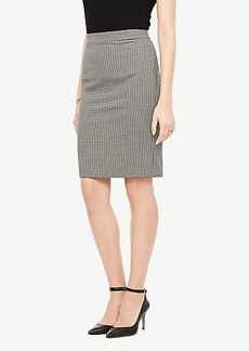 Ann Taylor Houndstooth Flounce Skirt