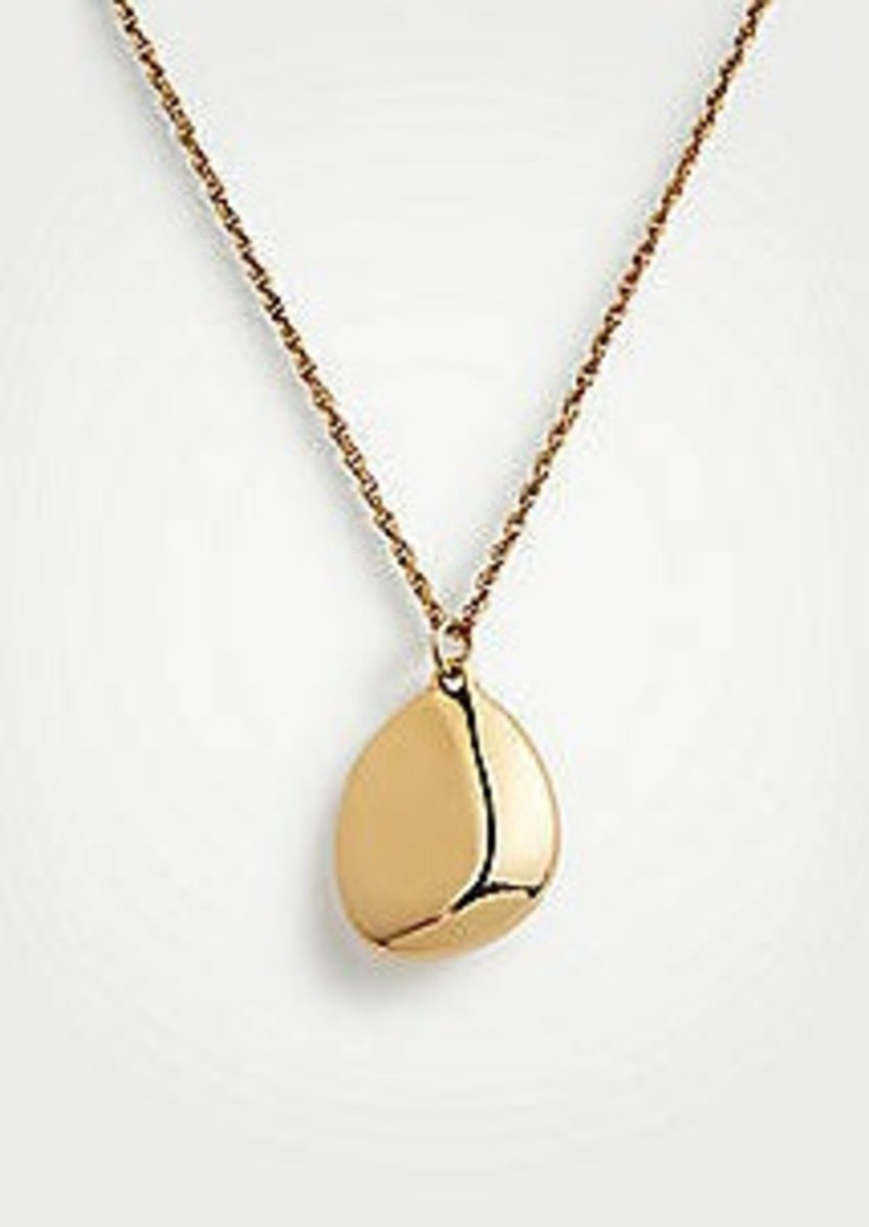 Ann Taylor Metallic Nugget Pendant Necklace