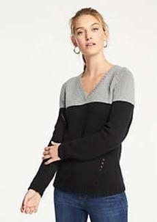 Ann Taylor Petite Colorblock Pointelle V-Neck Sweater