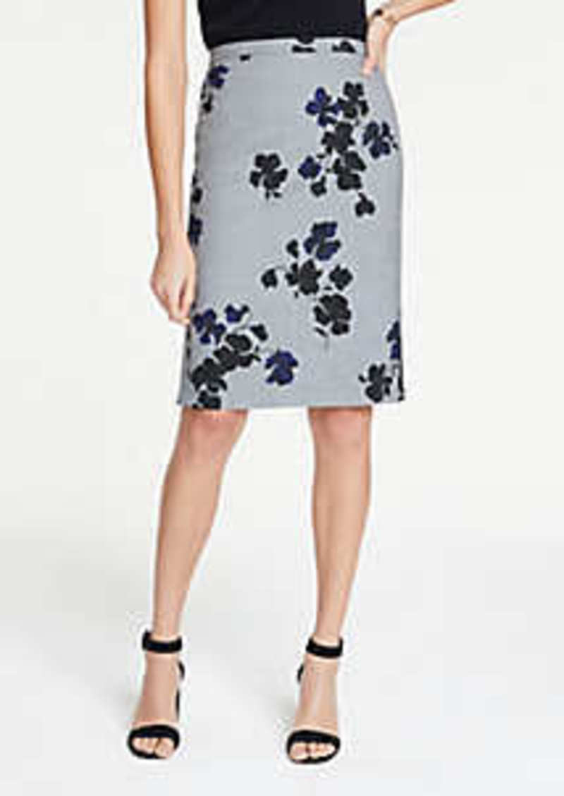 Ann Taylor Petite Floral Flounce Back Pencil Skirt