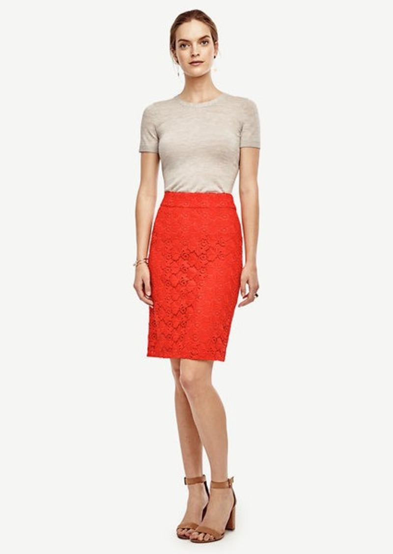 Ann Taylor Petite Floral Lace Pencil Skirt