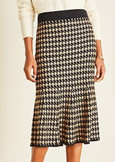 Ann Taylor Petite Houndstooth Trumpet Sweater Skirt