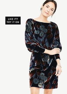 Petite Printed Velvet Puff Sleeve Dress