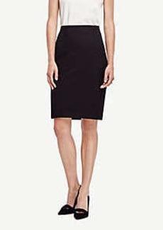 Ann Taylor Petite Seasonless Stretch Seamed Pencil Skirt