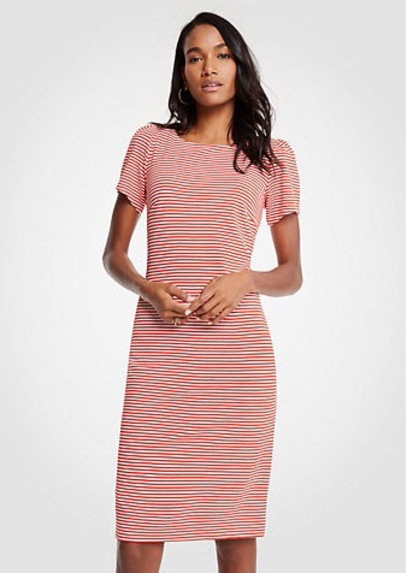 71dbf84e5de4 Petite Cocktail Dress With Sleeves - raveitsafe
