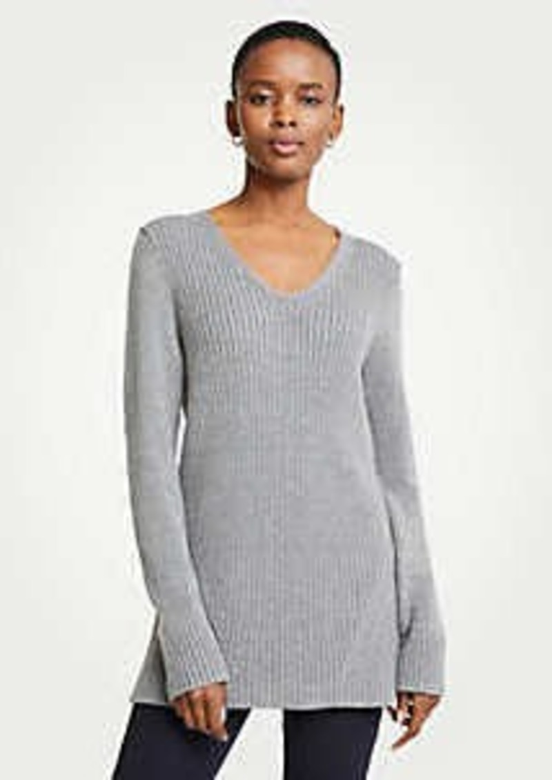 Ann Taylor Ribbed V-Neck Tunic Sweater