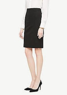 Ann Taylor Seasonless Stretch Seamed Pencil Skirt