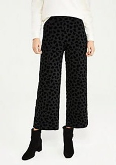 Ann Taylor The Easy Straight Crop Pant