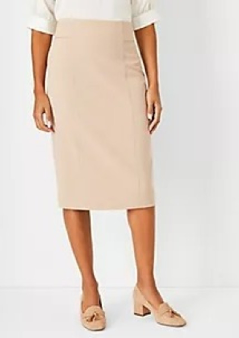 Ann Taylor The Petite High Waist Seamed Pencil Skirt in Houndstooth