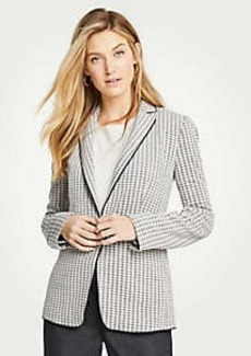 Ann Taylor The Petite Houndstooth Knit Blazer