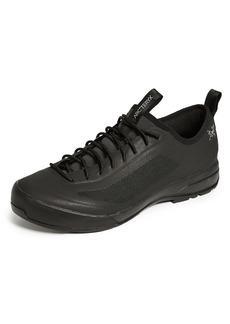 Arc'Teryx Acrux SL Approach Shoes