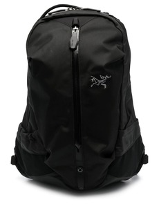 Arc'teryx Arro 16 zipped backpack