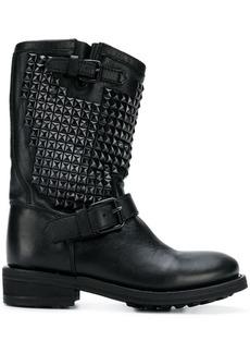 Trash boots