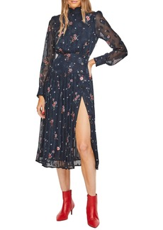 ASTR the Label Spencer Floral Appliqué Dress