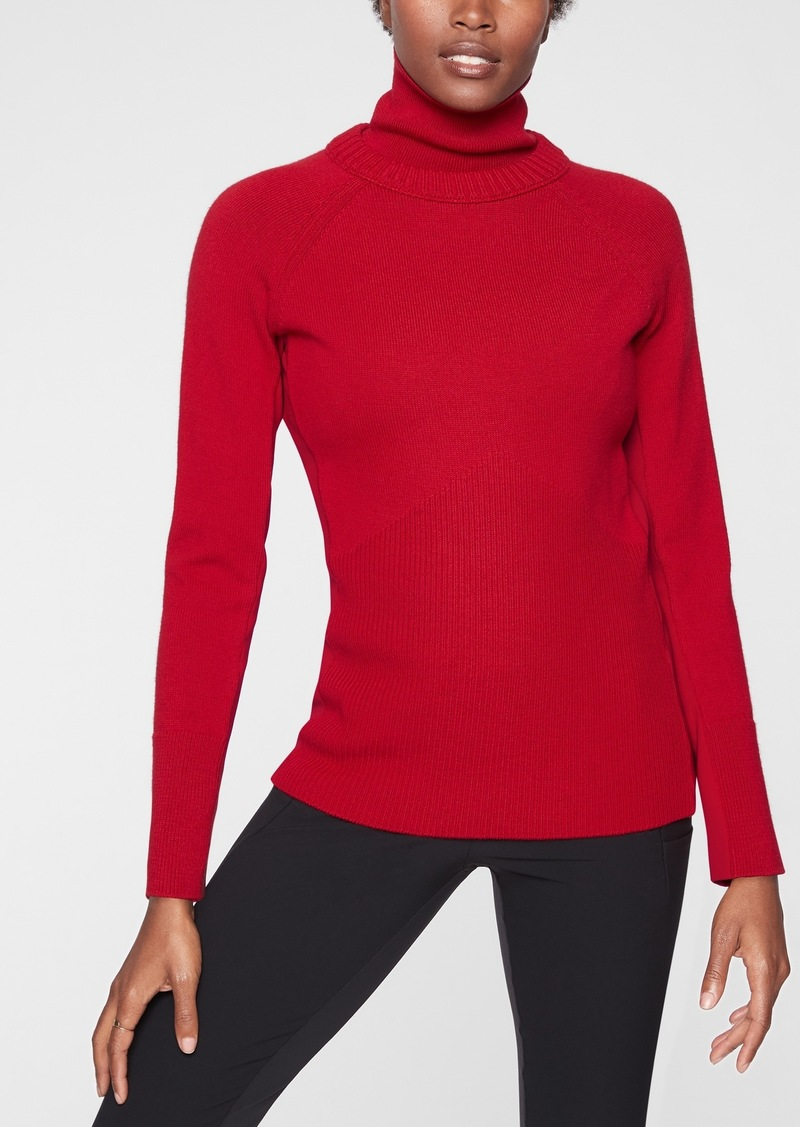 Athleta Mesa Hybrid T&#45Neck