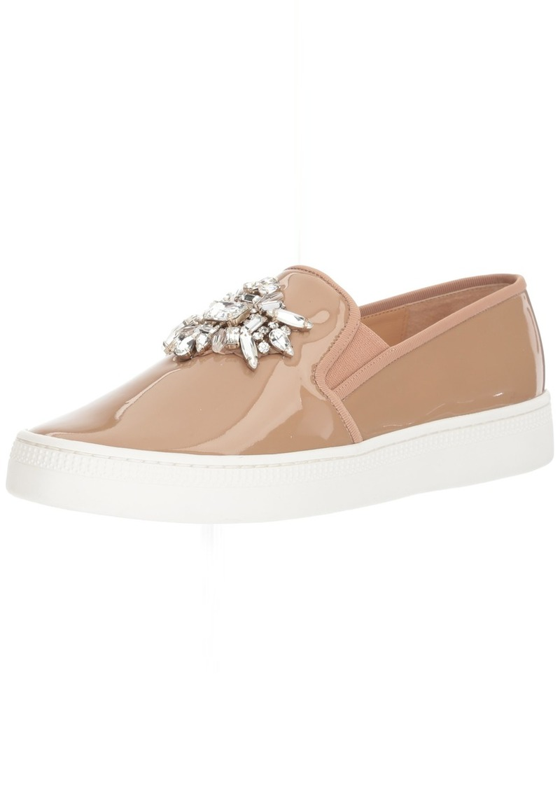 Badgley Mischka Women's Barre Sneaker  8 M US