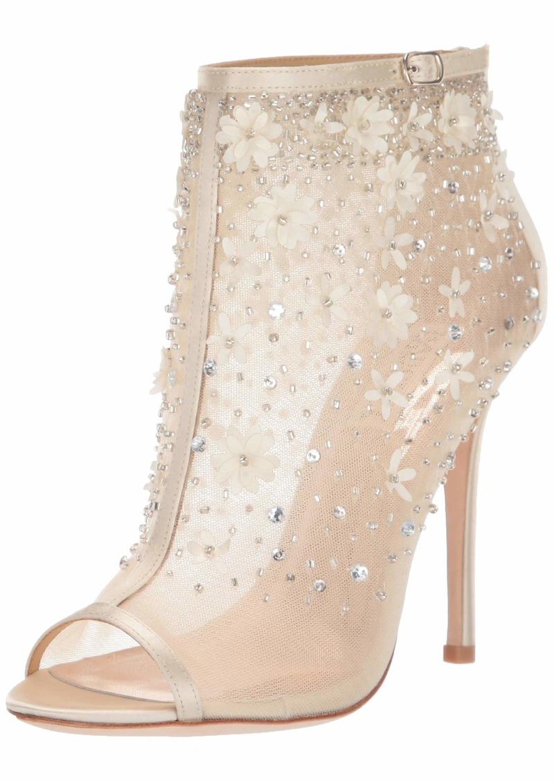 Badgley Mischka Women's Isadora Fashion Boot   M US