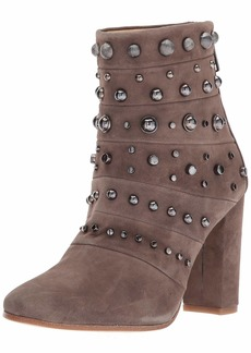 Badgley Mischka Women's Kurt Ankle Boot   M US