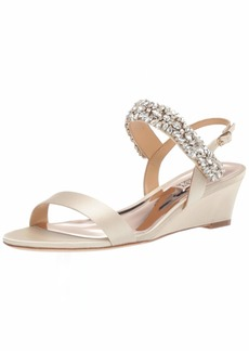 Badgley Mischka Women's Larisa Wedge Sandal   M US