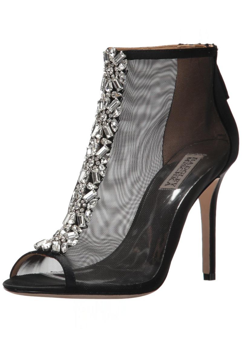 Badgley Mischka Women's Moss Ankle Boot  8 M US