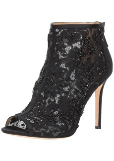 Badgley Mischka Women's Moyra Ankle Boot  7 M US